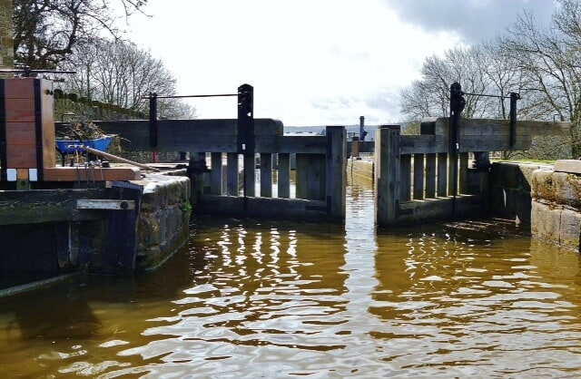 Opening of the top gates at the Five Rise Locks