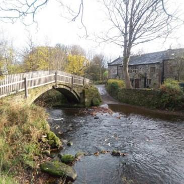Beckfoot Packhorse bridge in Bingley