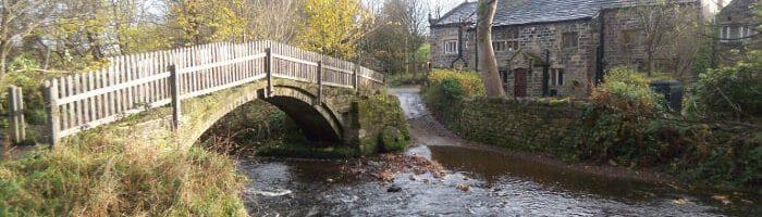 Beckfoot Packhorse bridge in Bingley by Cedric Farineau