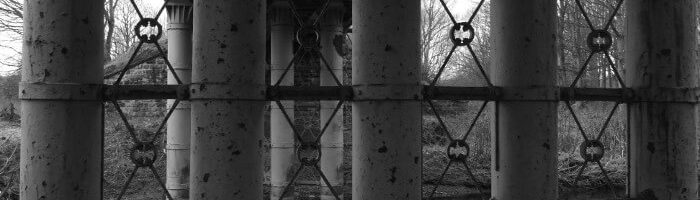 Black & White pix - Steel Bridge pillars