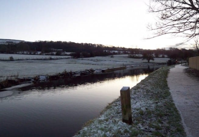 Frosty morning on the Leeds and Liverpool canal near Crossflatts
