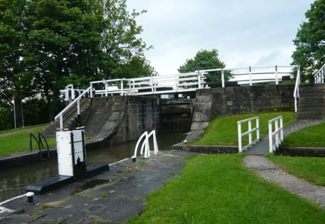 Leeds & Liverpool Canal - View of the Three Rise Locks