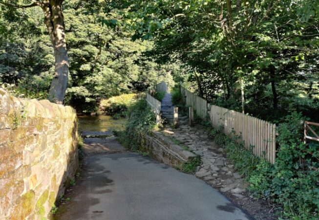 View of Beckfoot Bridge near Myrtle Park, Bingley - coming from Beckfoot Lane near Templar Cottage