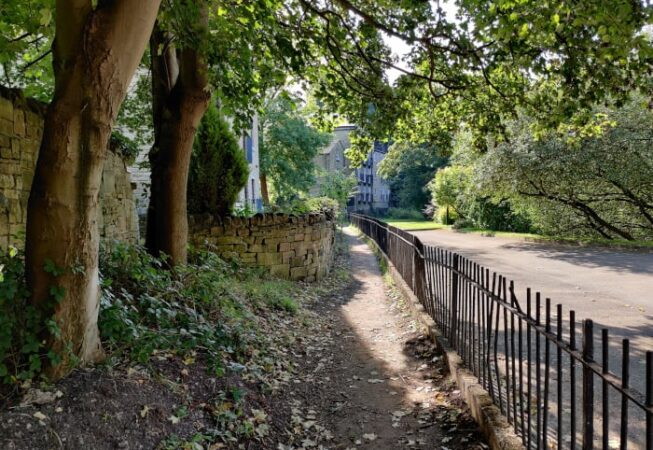 This path runs along the River Aire in Bingley. It goes from Millgate to Myrtle Park.